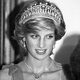 1. Juli 2018  Diana bleibt einfach unvergessen! Die Königin der Herzen wäre heute 57 Jahre alt geworden.