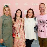 Mona Buckenmaier (Riani),Doris Brückner (Leitung gala.de und brigitte.de),Martina Buckenmaier (Riani) und GALA-Modechef Marcus Luft.