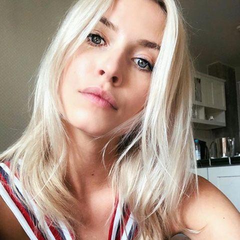Model Lena Gercke hat eine makellose Haut.