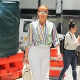Und auch für ihren sommerlichen Business-Look bevorzugt JLo derzeit Weiß.