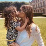 6. Juli 2018  Ein Küsschen für Mama - Diesen süßen Moment zwischen Silas und Jessica Biel hält Justin Timberlake mit der Kamera für Instagram fest.