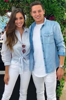 Seit 2015 ist sie die bessere Hälfte von Frankreichs Mittelfeldspieler Florian Thauvin. Die beiden gebenoptisch ein tolles Paar ab und sie unterstützt ihn während der Weltmeisterschaft vor Ort.