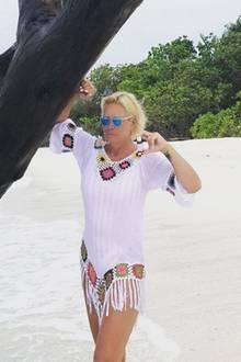 Claudia Effenberg scheint wie man auf den neuesten Bildern auf ihrem Instagram-Account sehen kann deutlich erschlankt zu sein. Mit einem tollen Urlaubsschnappschuss von den Malediven versetzt die Designerin ihre Instagram-Fans ins staunen. Doch ist Claudia wirklich so schlank geworden oder wurde hier doch ein kleines bisschen per Photoshop nachgeholfen?