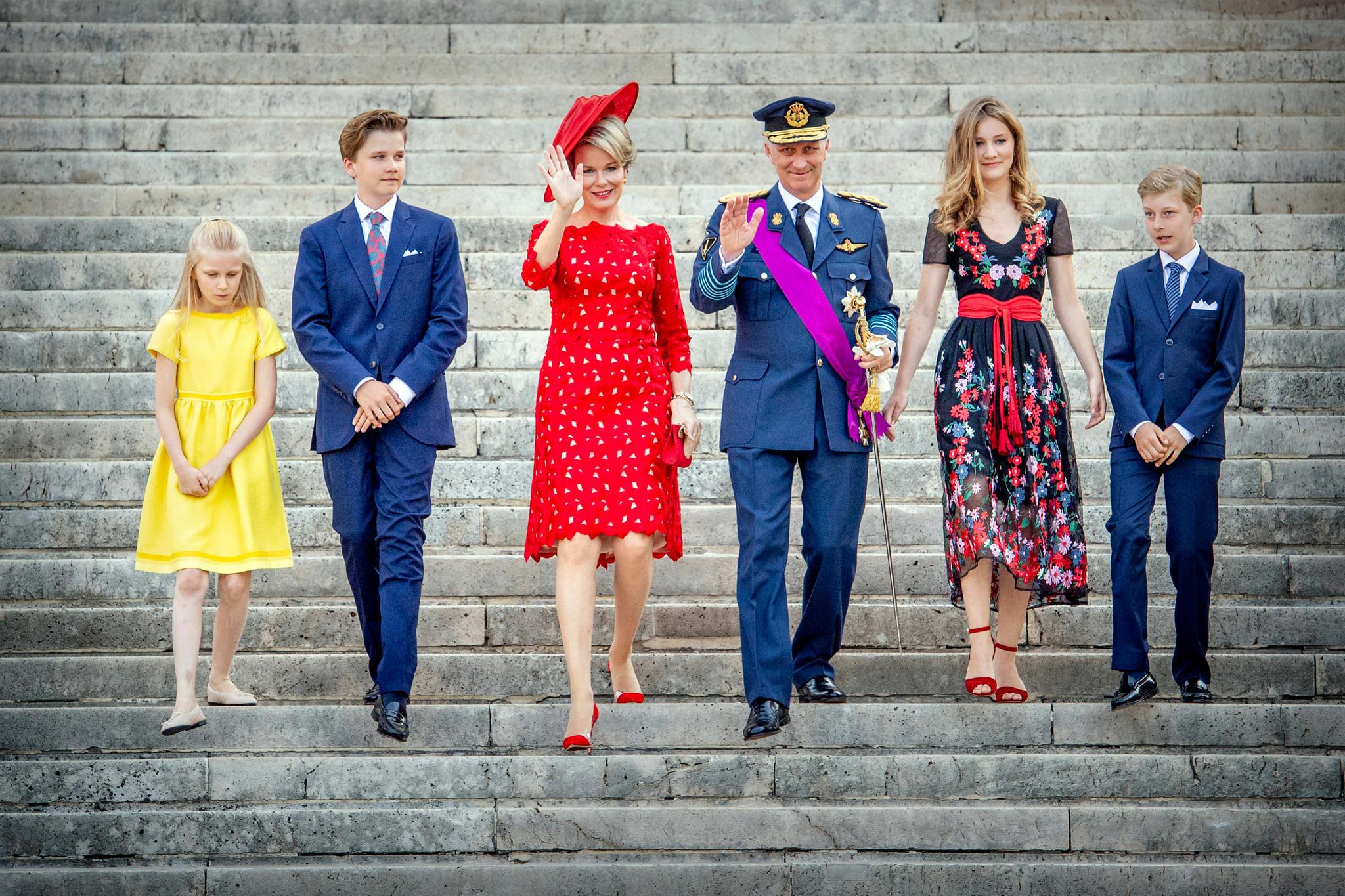 Die belgische Königsfamilie: (v.l) Prinzessin Eléonore, Prinz Gabriel, Königin Mathilde, König Philippe, Prinzessin Elisabeth und PrinzEmmanuel