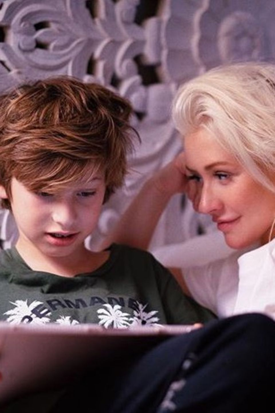 19. Juli 2018  Christina Aguilera zeigt ihre Kids nicht oft, umso erfreulicher ist ihr inniger Post mit Sohn Max.