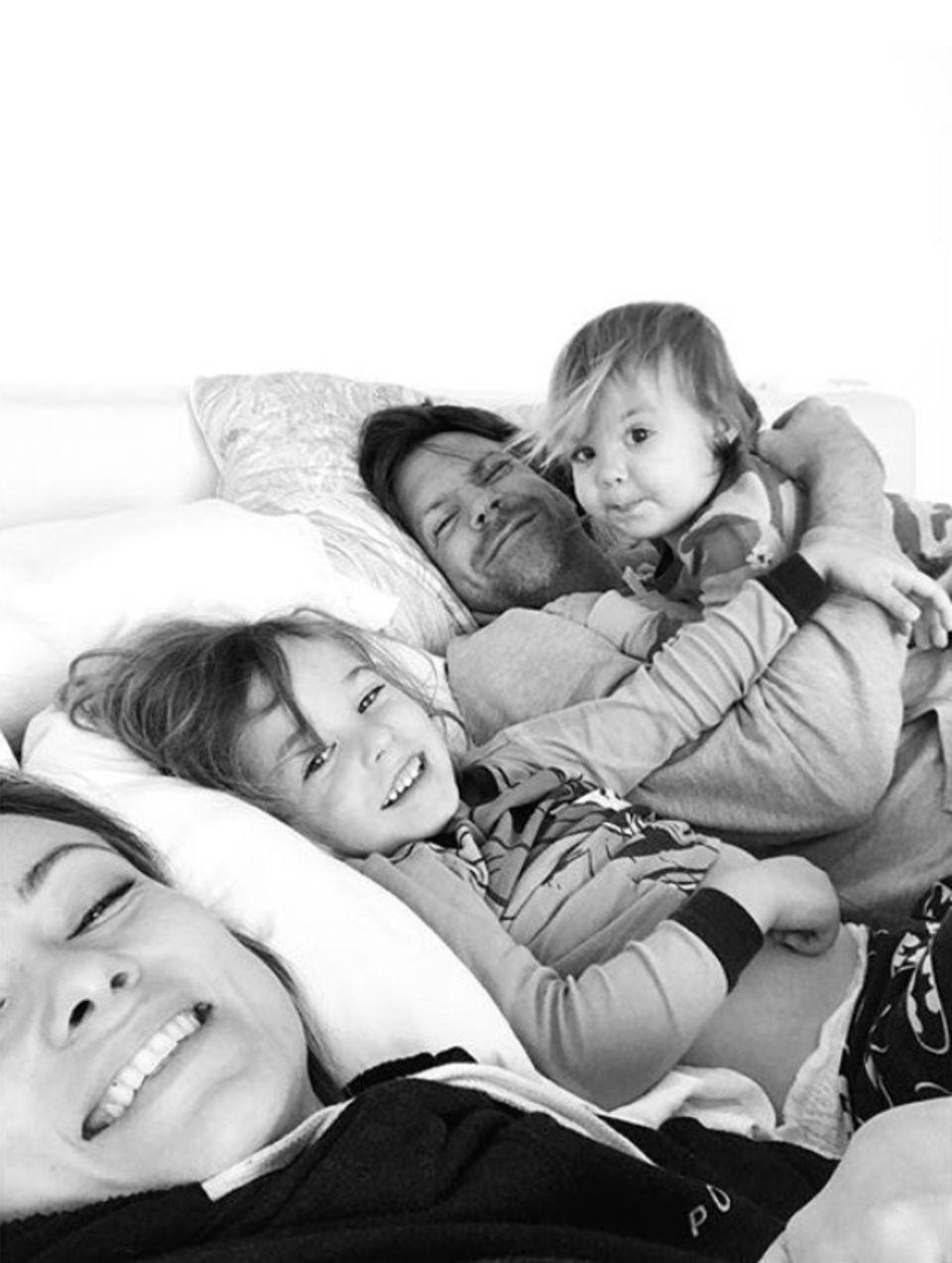 11. März 2018  Olivia Wilde feiert ihren 34. Geburtstag mit den Liebsten. Dabei entsteht dieses liebevolle Foto.