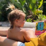 """26. Juni 2018  """"Mein Mädchen liebt es zu lesen, jeden Tag"""", postet eine stolze Mama Olivia Wilde."""