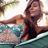 Knapp drei Monate nach der Geburt präsentiert Annemarie Carpendale ihren Wahnsinns-After-Baby-Body im Bikini auf Ibiza. Die frisch gebackene Mama scheint sich in ihrem Körper zurecht wohl zu fühlen.