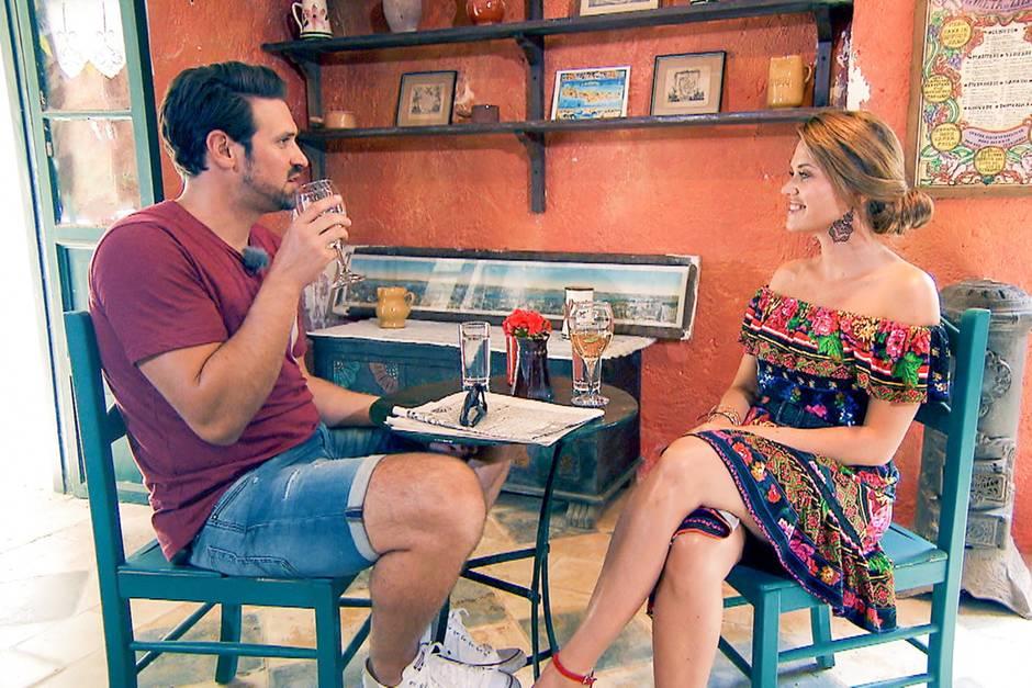 Stefan sucht das Gespräch mit Nadine - und offenbart ihr ein Geheimnis über seinen Beziehungsstatus