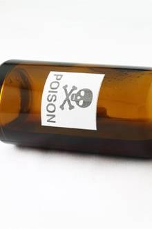 """Tödliches Geschenk: Mann vergiftet mit """"Parfum"""" aus Versehen seine Freundin"""