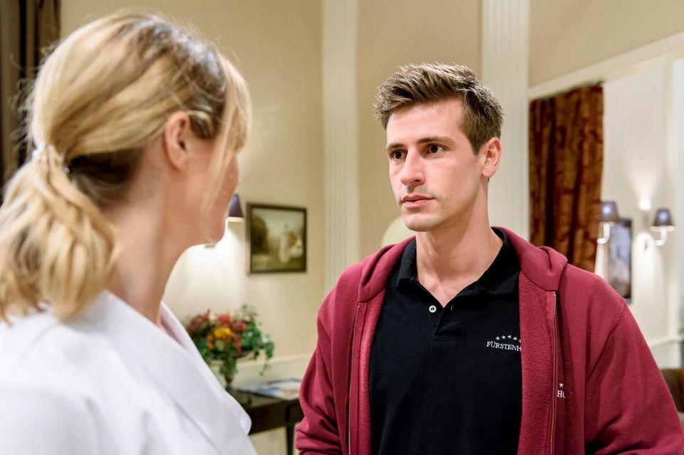 Folge 2990 am Donnerstag (06.09.18): Paul (Sandro Kirtzel, r.) und Jessica (Isabell Ege, l.) ist klar, dass eine Patchworkfamilie bei Ihnen nicht funktionieren würde.