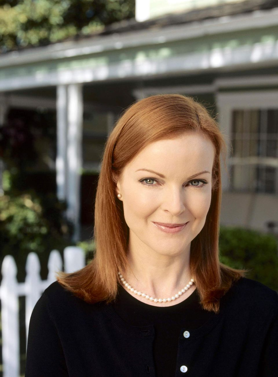 """Marcia Cross verkörpertdie unterkühlte """"Bree Van de Kamp"""", die als Vorzeigeehefrau und -mutter unter den Hausfrauen gilt."""