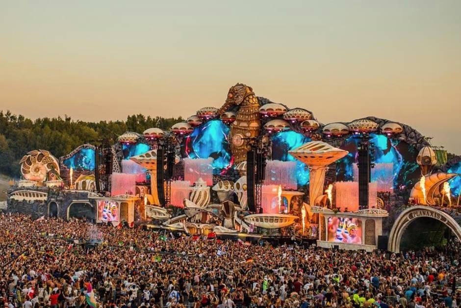 Kulisse der Hauptbühne des Tomorrowland 2018