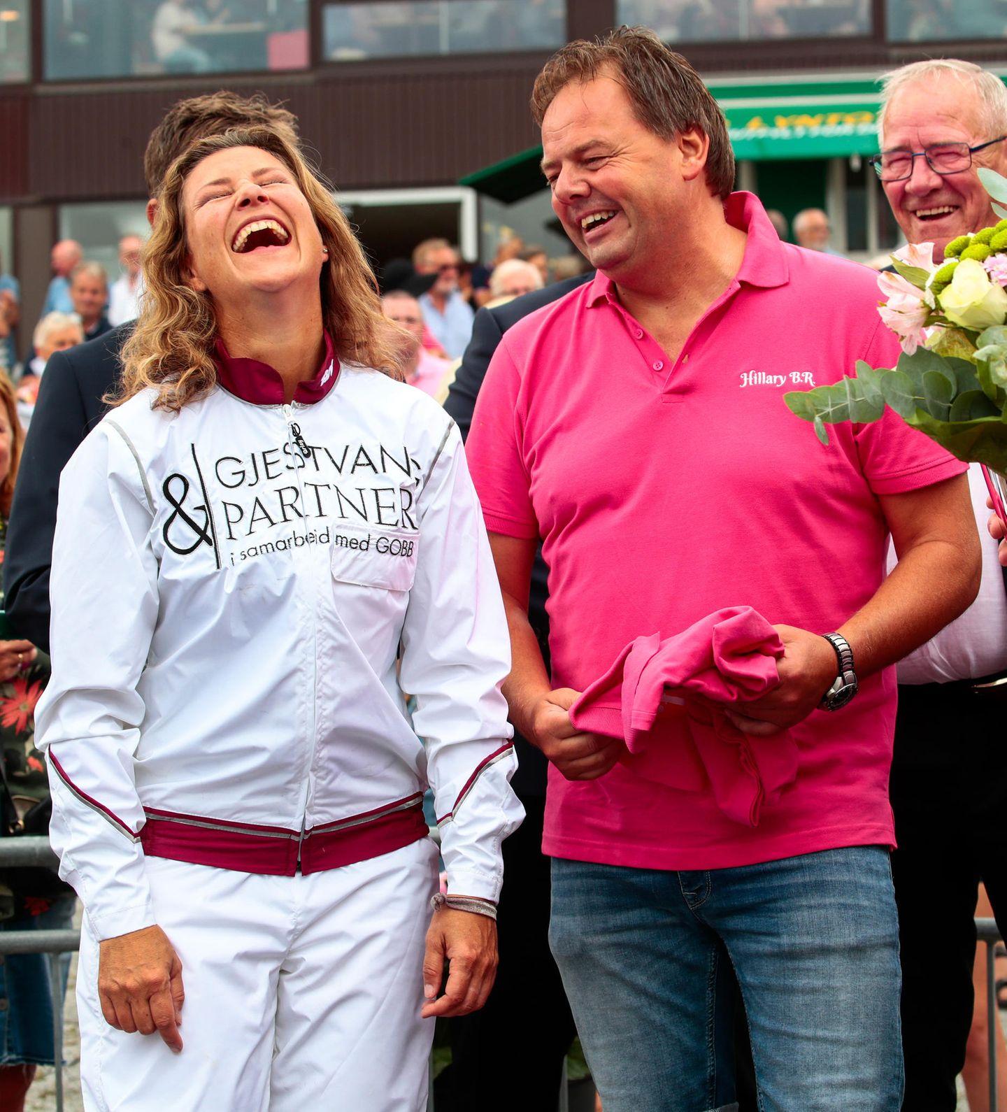 Als Sportlerin nimmt es die Prinzessin mit Humor und gesteht, dass sie vor dem Rennen ein wenig nervös war.