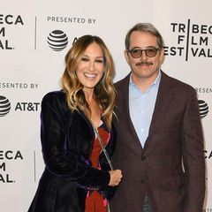 22. April 2018  Bei einer Film-Party in New York strahlen Sarah Jessica Parker und Ehemann Matthew Broderick in in die Kamera.