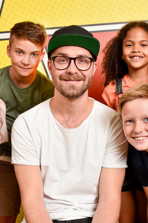 Diese vier Kinder singen mit Mark Forster den neuen DuckTales Song  v.l.n.r.: Emily (12), Niklas (12), Alejandra (8) und Paul (10) beim Einsingen