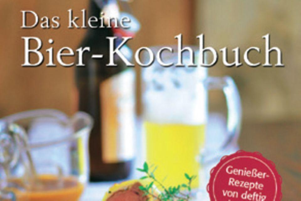 """Bier-SommelièreSandra Ganzenmüller und Brauereibesitzer Sebastian Priller-Riegele präsentieren schnelle Alltagsrezepte und extravagante Menüs rund um den Gerstensaft. Dazu geben sie Tipps, welches Bier zu welchen Speisen passt. (""""Das kleine Bier-Kochbuch"""", BLV Verlag, 128 S., 12 Euro)"""