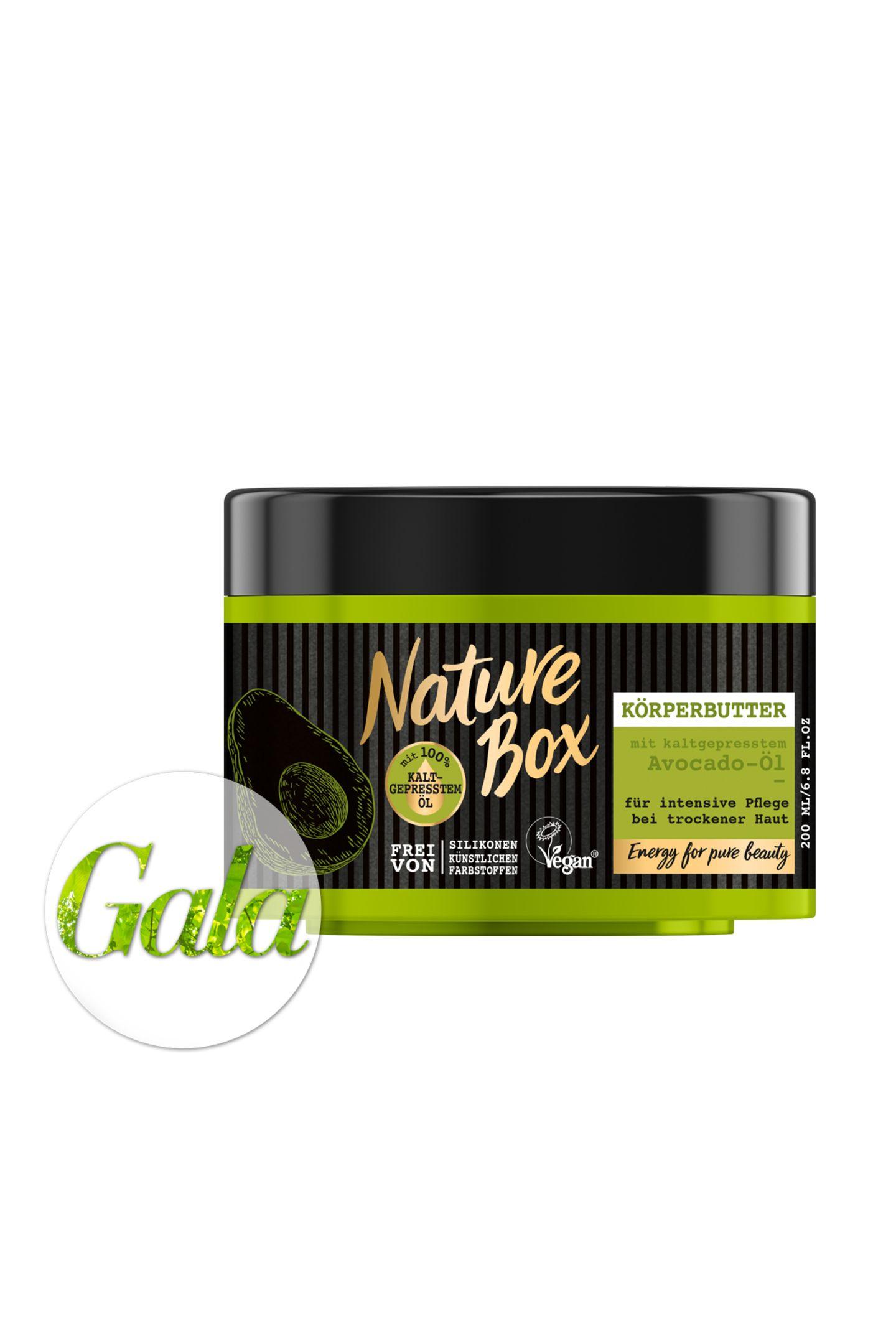 Happy Avocado Day! Am 31. Juli feiern wir den National Avocado Day. Passend dazu möchten wir Ihnen die neue Marke Nature Box vorstellen, die unter anderem eine Avocado-Pflegelinie für Haut- und Haar bietet. Unser Favorit? Die Körperbutter! Ca. 5 Euro.
