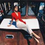Eine Seefahrt, die ist stylisch... dafür sorgt Rebecca mit diesem tollen Bauchfrei-Look.