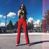 Im siebten Fashion-Himmel sind wir beim Anblick von Rebeccas Power-Look in Rot!