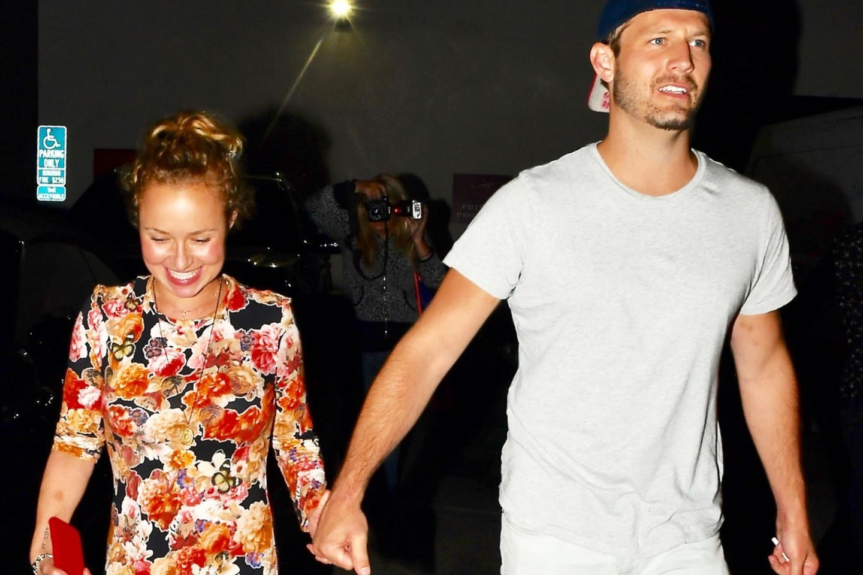 Hayden Panettiere zeigte sich zuletzt am 2. August mit männlicher Begleitung vor einem Restaurant in Los Angeles.