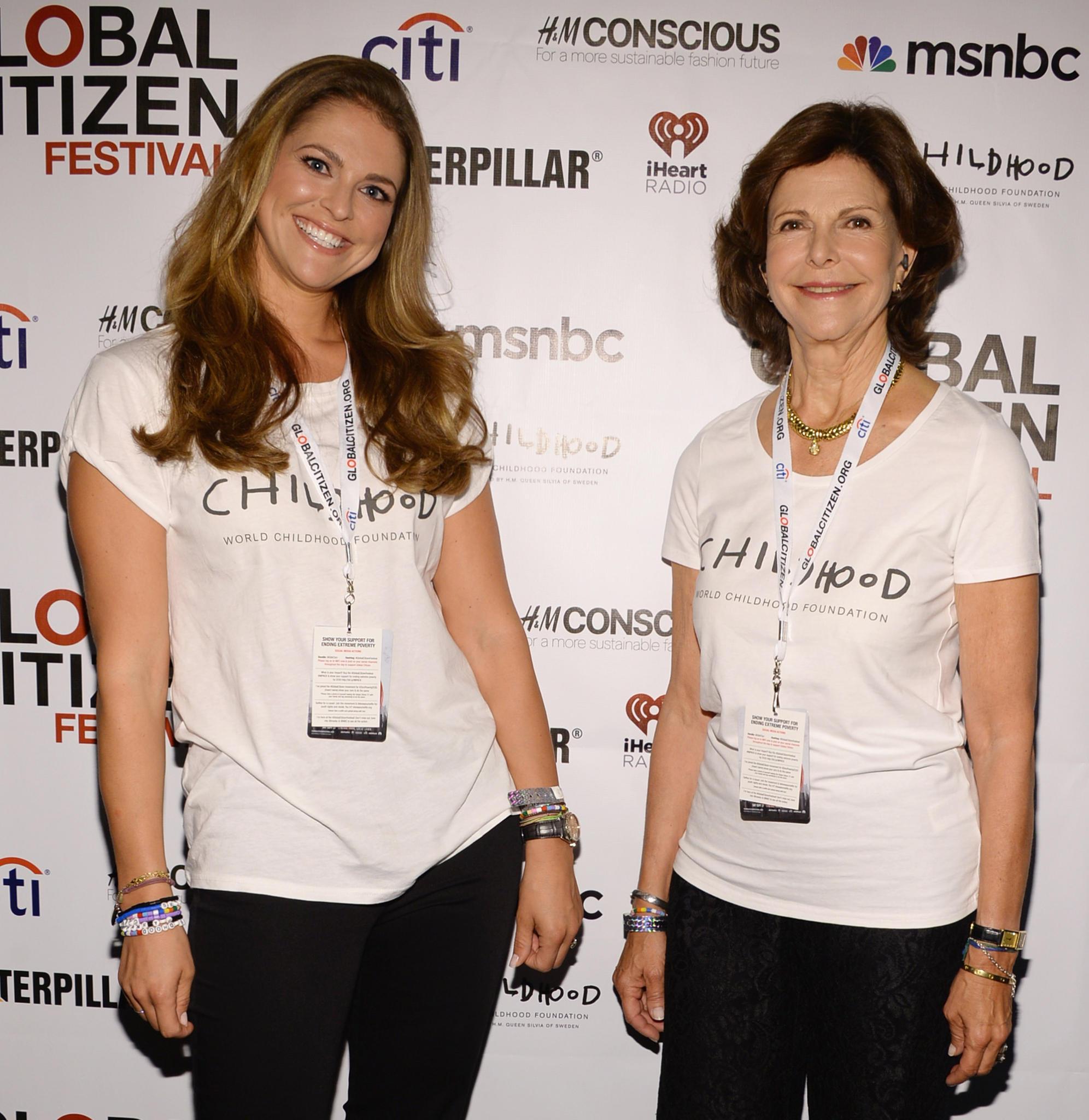 """Prinzessin Madeleine unterstützt ihre Mutter, Königin Silvia, schon länger bei ihrer Arbeit für """"Childhood"""". Hier ist das royale Gespann bei einer Veranstaltung in New York zu sehen."""