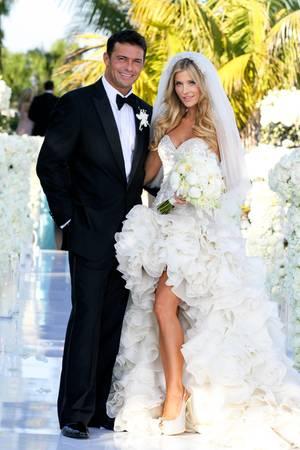 In einem ganz anderen Kleid heiratete Joanna Krupa 2013 ihren damalig langjährigen Freund Romain Zago.