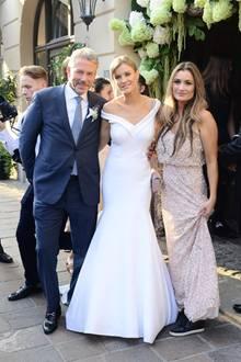 Joanna Krupa trägt ein Brautkleid im Meerjungfrauen-Stil der Designerin Sylwia Romaniuk.
