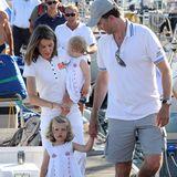 In sommerlich weißen Outfits mit Knopfleiste zeigt sich Letizia mit ihren Prinzessinnen 2008 im Partnerlook.