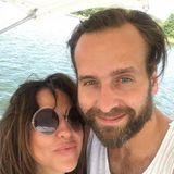 7. August 2018  Gut erholt schauen sie aus! Diesen süßen Schnappschuss mit FreundSilvio Heinevetterteilt Simone Thomalla auf ihrem Instagram-Account.