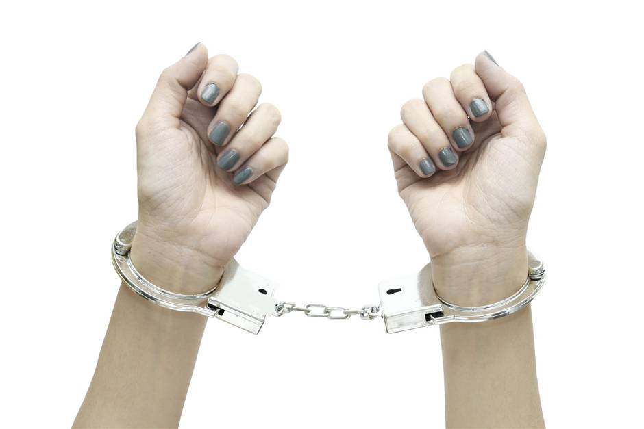 Twitter-Hit: Studentin verhaftet - auf Polizeifoto interessiert nur ein Detail