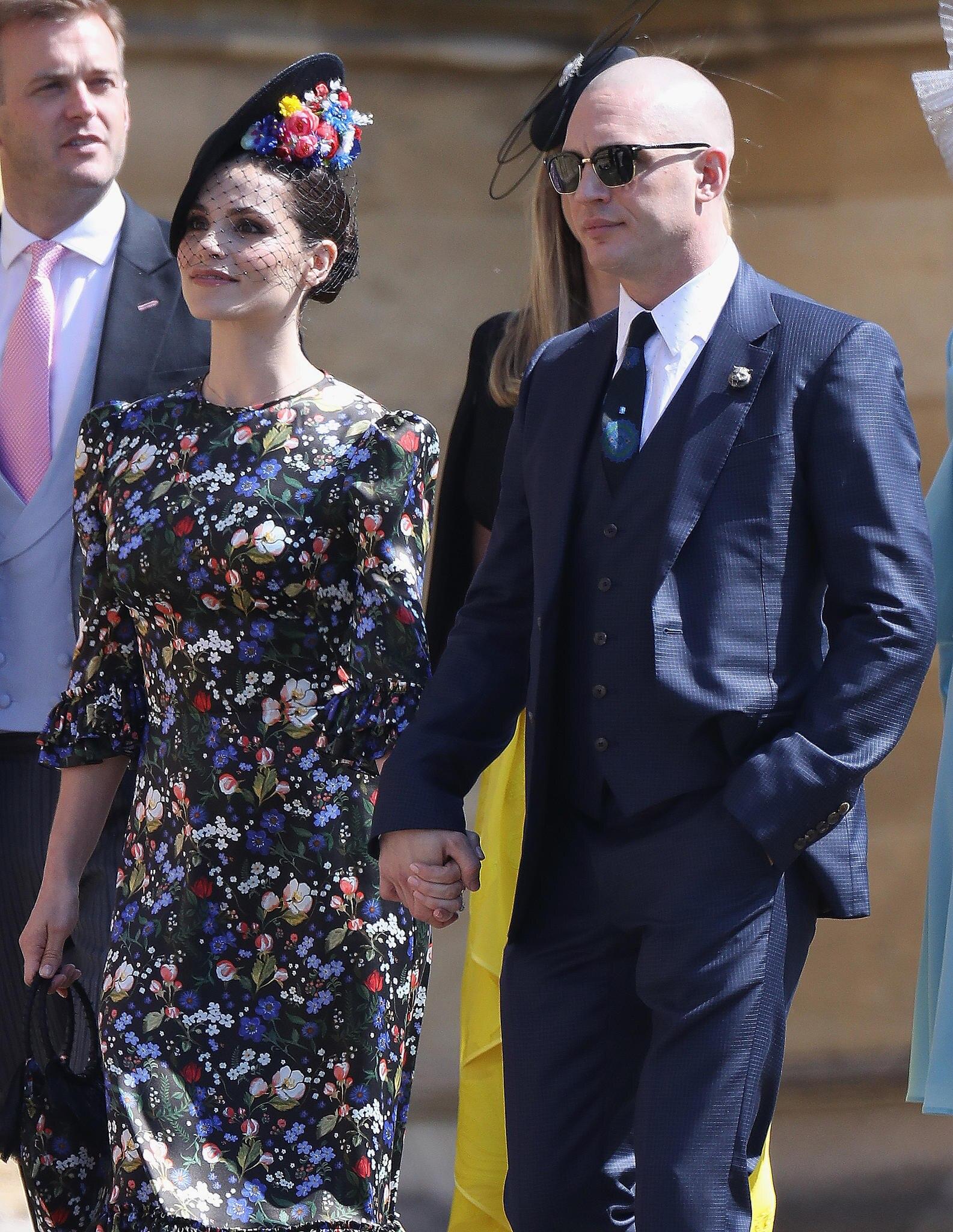 Tom Hardy mit seiner FrauCharlotte Riley auf der Hochzeit von Harry und Meghan im Mai 2018