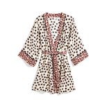 Eine wahre Love Story ist die Design-Kooperation des niederländischen Labels Love Stories und H&M. Besonders verliebt haben wir uns in diesen gemusterten Satin-Kimono, ca. 40 Euro.