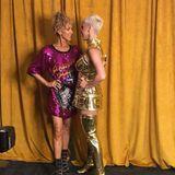 Hätten Sie Céline Dion auf diesem Foto mit Katy Perry erkannt? Wir mussten definitiv zweimal hinschauen und sind begeistert, wie wandelbar die Sängerin ist!