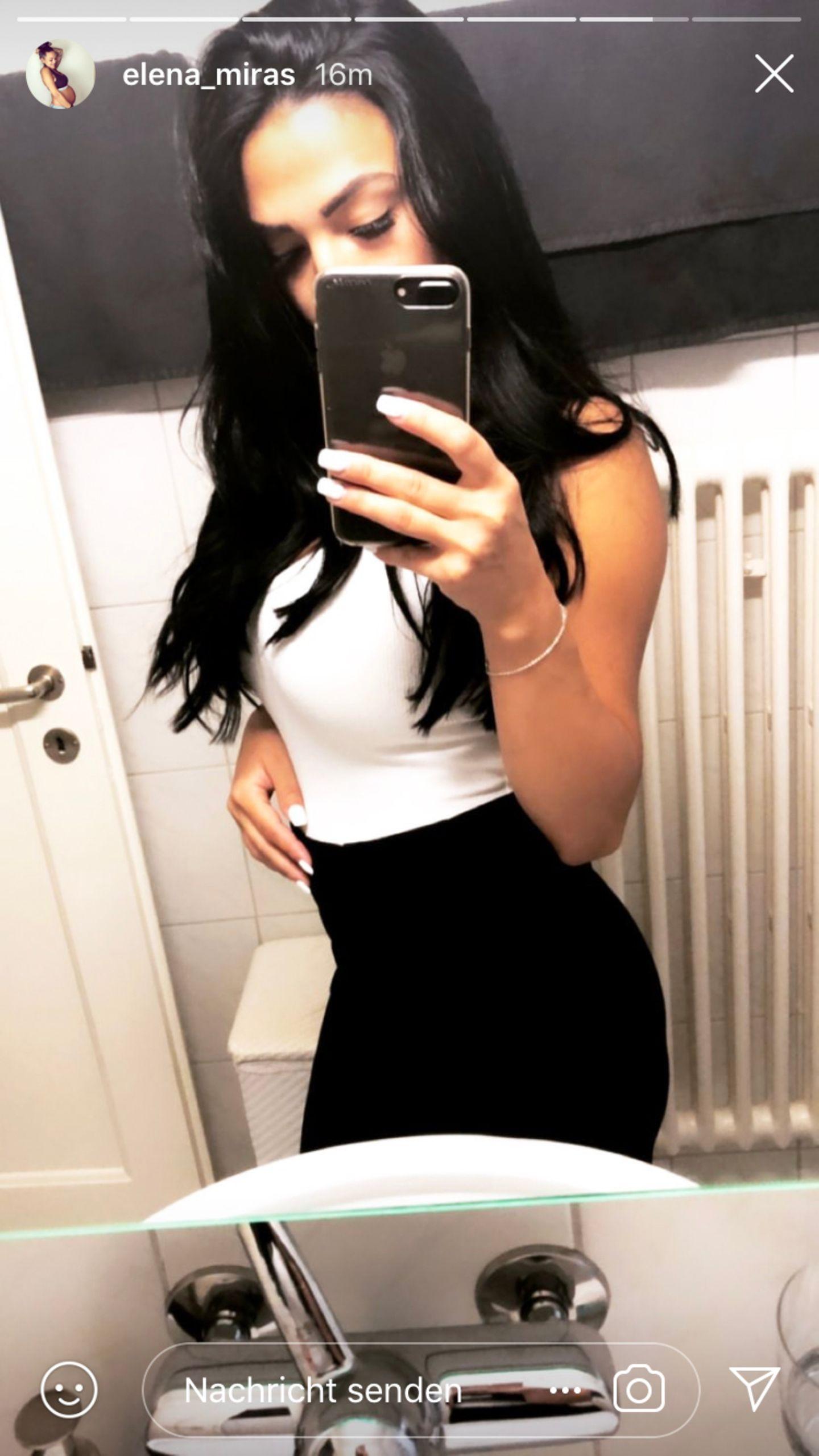 Gut möglich, dass Elena Miras für dieses Selfie ihren Bauch eingezogen hat. Dennoch sieht man dem TV-Sternchen nicht an, dass sie vor weniger als zehn Tagen ein Kind zur Welt gebracht hat.
