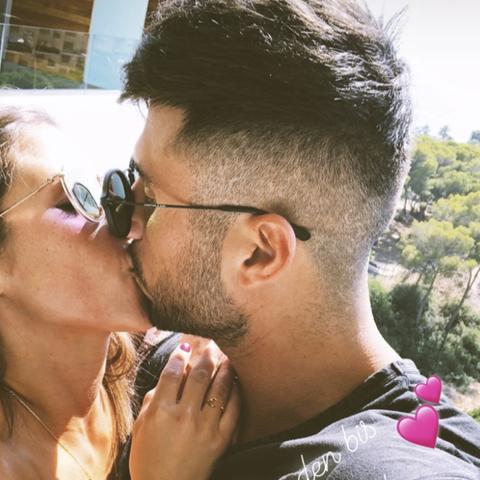 Sarah Lombardi knutschend mit ihrem Roberto
