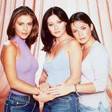 """Von 1998 an begeisterten diese drei magischen Schönheiten das Fernsehpublikum mit der Fantasyserie """"Charmed - Zauberhafte Hexen"""". Aber was machen Phoebe, Prue und Piper Halliwell, genauer gesagt Alyssa Milano, Shannen Doherty und Holly Marie Combs heute?"""