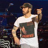 Ja,ähnlich erstaunt wie Eminem hier, haben wir auch geguckt, als wir gesehen haben, wie groß seine Tochter Hailie Scott schon geworden ist.