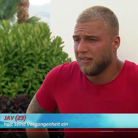 """Huch, ist das nicht """"Bachelorette""""-Kandidat Filip?"""