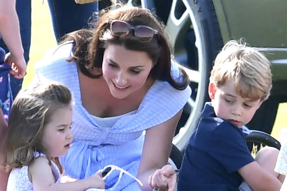 Prinzessin Charlotte, Herzogin Catherine, Prinz George