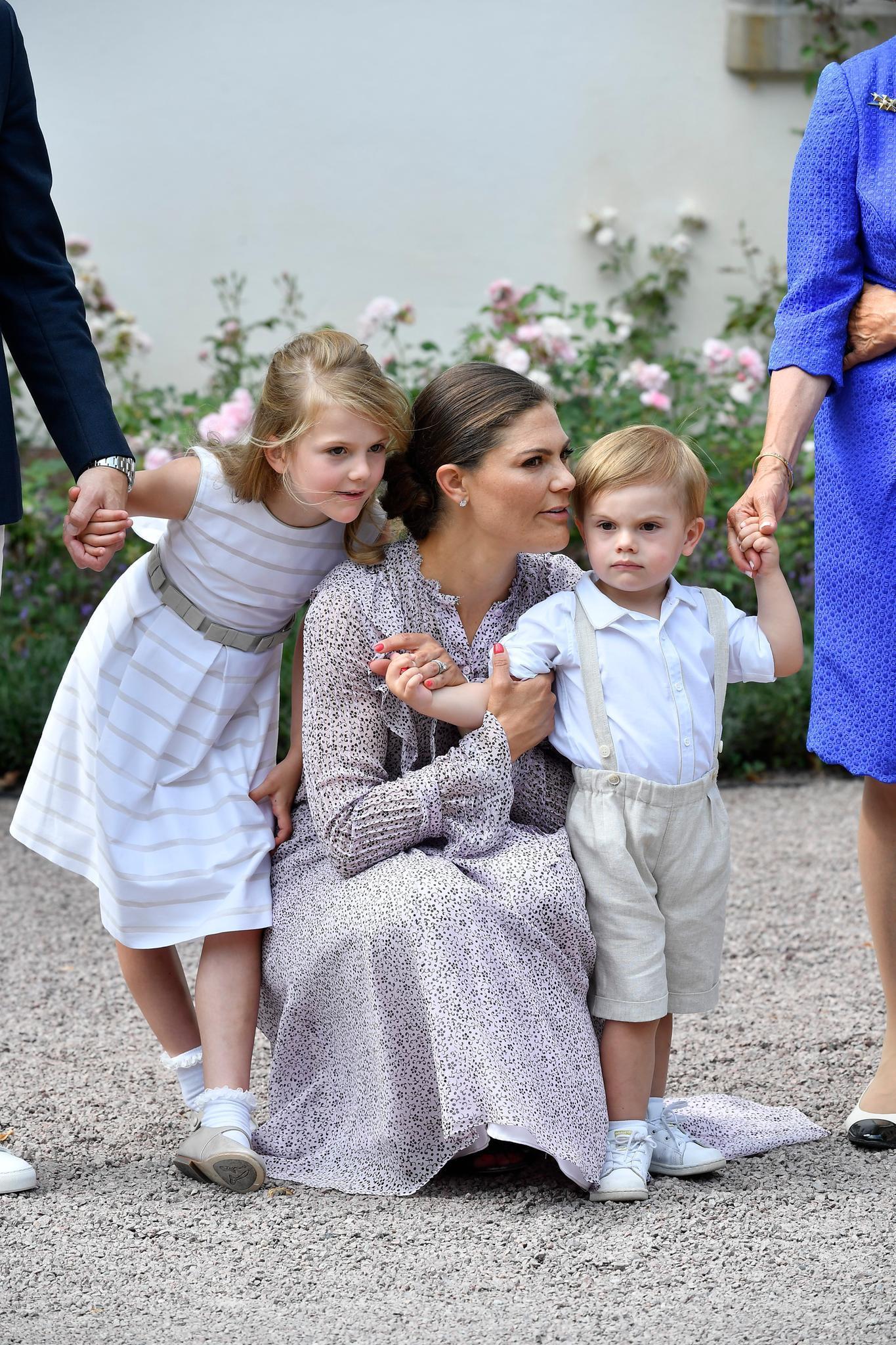 Prinzessin Estelle, Prinzessin Victoria, Prinz Oscar