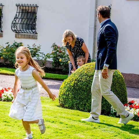 Prinzessin Estelle, Prinz Oscar, Nanny Philippa, Prinz Daniel