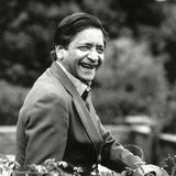 """11. August 2018: V. S. Naipaul (85 Jahre)  Der Literatur-Nobelpreisträger V. S. Naipaul ist am Samstaggestorben. Naipaul sei friedlich in seinem Haus in London gestorben, teiltseine Frau der Agentur PA mit. """"Er war ein Riese in allem, was er erreicht hat, und er starb in Kreis seiner geliebten Menschen, nachdem er ein Leben voll wunderbarer Kreativität und Streben gelebt hatte"""", heisst es in einer Erklärung von Ehefrau Nadira Naipaul."""