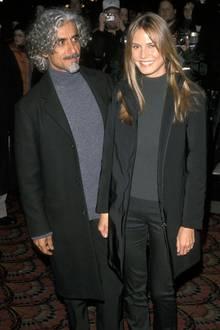 Heidi Klum & Ric Pipino: Der Partnerlook!  Mit Star-Friseur Ric Pipino ist Heidi Klum von 1997 bis 2002 verheiratet. Das Paar scheintsich modisch aufeinander abzustimmen: Zu einer Premiere erscheinen sie beide in grauen Rollkragenpullovern und mit schwarzem Blazer.