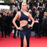 Das 1,80 Meter große Topmodel Toni Garrn ist bereits für Modegrößen wie Tommy Hilfiger oder Chanel gelaufen. Laut ihrer Sedcard bei der Modelagentur Women Management hat die hübsche BlondineTraummaße von85-61-90.