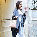 Für viele ist sie ein Vorbild: Angelina Jolie. Die 1,69Meter hübsche Brünette ist nicht nur Schauspielerin, sondern auchRegisseurin, UN-Sonderbotschafterin und Professorin. Vor allem aber ist sie auch eins: Mutter von sechs Kindern. Angeblich soll die Schauspielerin um die 50 kg wiegen.