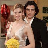 17. Februar 2009: Folge 617  Maximilian (Francisco Medina) und Celine (Nina Bott) heiraten.