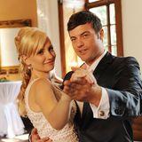 31. August 2010: Folge 1000  Isabelle (Ania Niedieck) und Ben (Jörg Rohde) tanzen den Hochzeitswalzer und feiern ihr Glück.