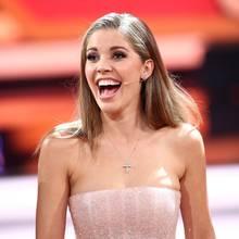 """Happy Birthday, Victoria Swarovski! Die schöne """"Let's Dance""""-Moderatorin feiert heute (16. August) ihren 25. Geburtstag. Wir feiern mit ihren schönsten Looks ..."""