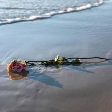 Tragischer Unfall am Strand (Symbolbild)
